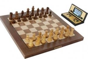Schachcomputer ChessGenius Pro